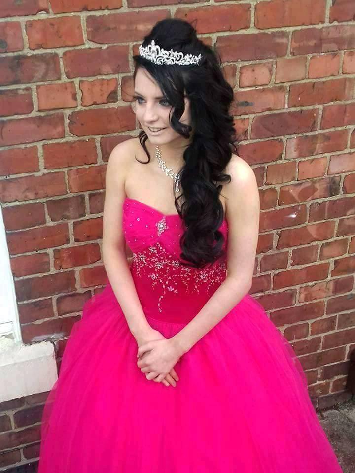 Beste Prom Kleider Newcastle Upon Tyne Bilder - Brautkleider Ideen ...