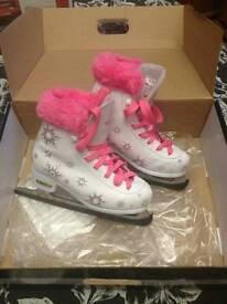 SFR ice skates girls Size 1