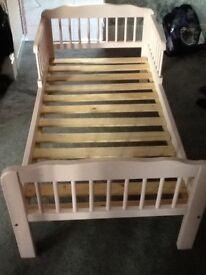 Toddler bed, pink