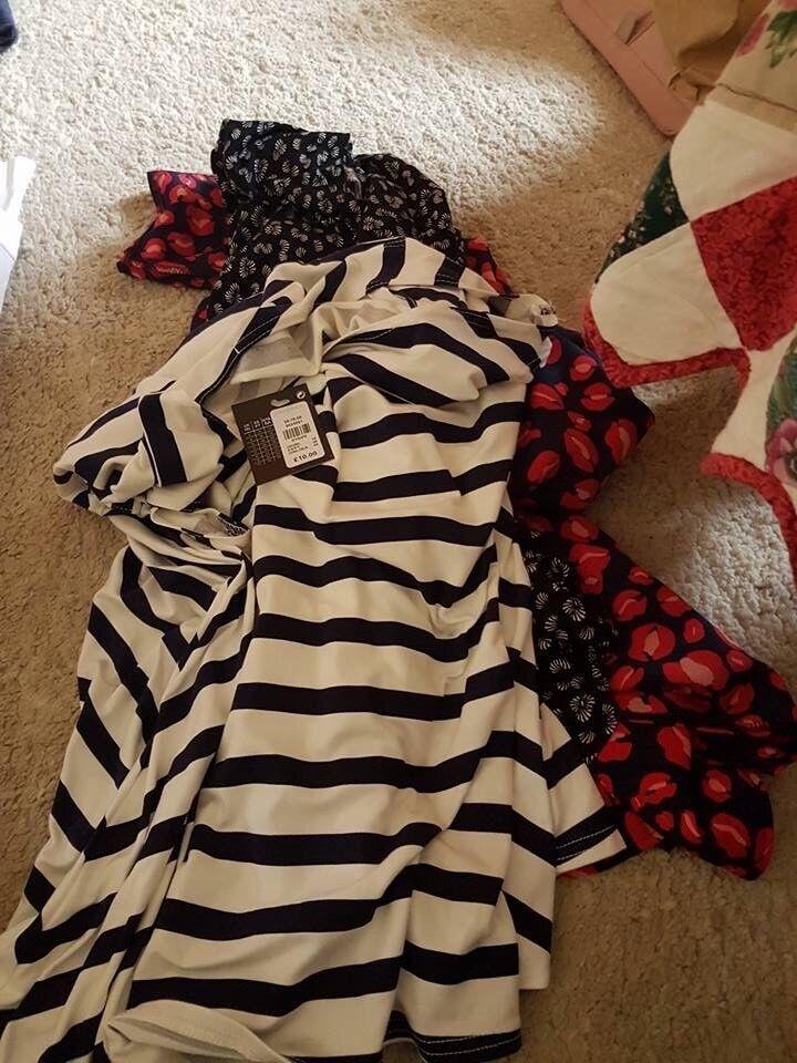 Ladies clothes size 18