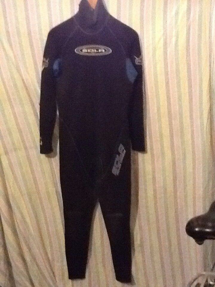 Wet suits adult male both for about 5'8 to 6'1