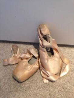 Ballet- point shoes North Epping Hornsby Area Preview