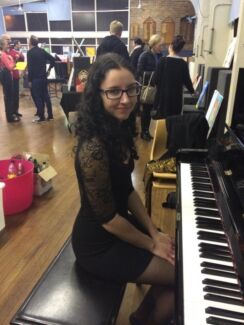 A pianist happy to perform for FREE!  Kingsgrove Canterbury Area Preview