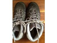 Ladies Size 5 Brasher walking boots. Worn once.