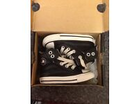 Like new leather toddler converse