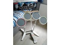 Nintendo wii, Rock band bundle, drumkit, guitar & microphone