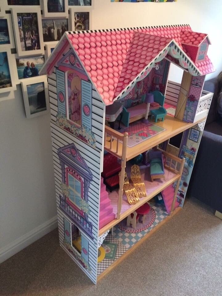 Large Early Learning Centre Dolls House With Furniture, Great Condition