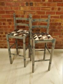 Wooden Kitchen Breakfast Bar Stools Solid wooden bar stools