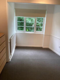 2 bedroom EN5 - DSS Welcome!