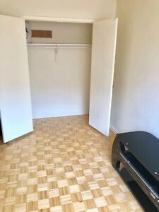 Room for rent  July 1th