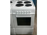 b697 white teknix 50cm solid ring electric cooker comes with warranty can be delivered or collected