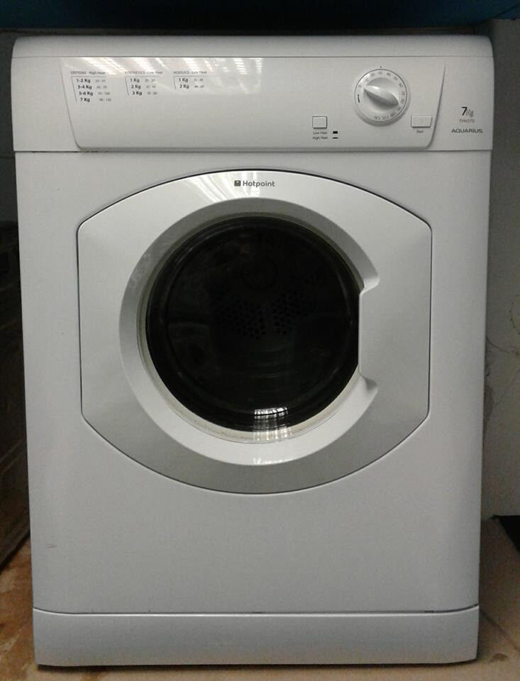 G149 white hotpoint 7kg vented dryer comes with warranty can be delivered or collected