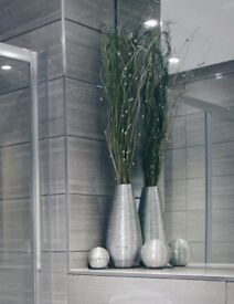 Home decor; silver vase + 2 different size balls