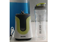Green & white breville blend active electric blender with sports cup comes with warranty