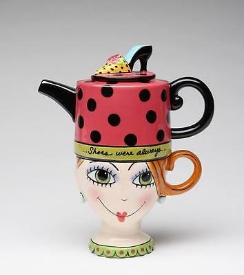 61880 - APPLETREE DESIGN SHOE ON HER MIND TEA FOR ONE