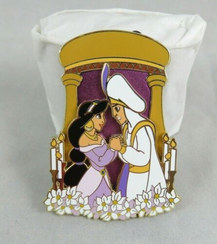Disney DSSH DSF Pin - Happily Ever After - Aladdin and Princess Jasmine