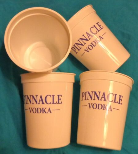Pinnacle Vodka - Lot of 25 Plastic Cups - Stadium Cups - 16 Oz...NEW