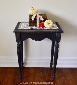 Antique shabby chic milk paint table