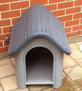 Plastic dog kennel Morphettville Marion Area Preview