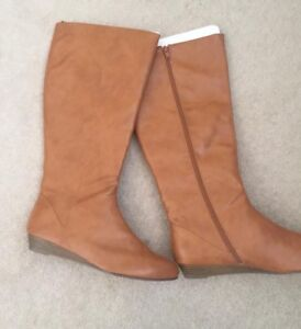 Brand new old navy size 10 boots