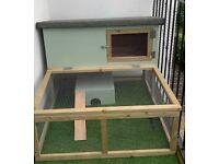 Guinea pig or rabbit hutch/run