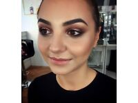 A qualified makeup artist (mobile)