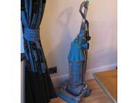 dyson dc07 all floors bagless 12 months warranty