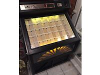 Vintage 1980s DDA Lynx CD jukebox, fully working, set to free play, holds up to 99 CDs.