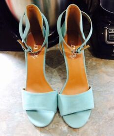 Turquoise high heels, size 8(41)