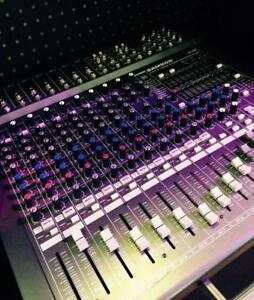 Samson TXM16 Tabletop Powered Mixer