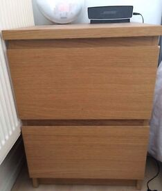 Drawers / Bedside Table