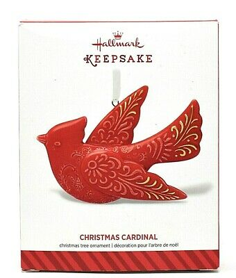 RARE NEW 2014 HALLMARK CHRISTMAS CARDINAL CERAMIC ORNAMENT - BEAUTIFUL & SCARCE