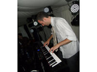 PROFFESIONAL FULLY QUALIFIED PIANO TUITION