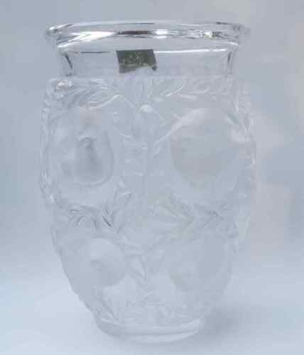 Lalique Crystal France BAGATELLE  Frosted Raised Relief Art Vase 12 Birds 6 3/4""