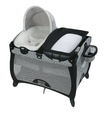 Graco Pack 'n Play Playard New born Napper LX with soothe surrond
