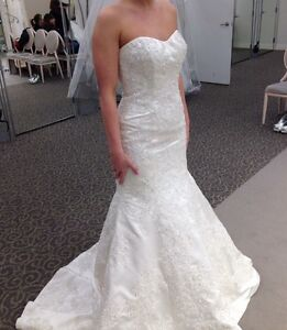 Size 6 Wedding Dress Never Worn/Altered