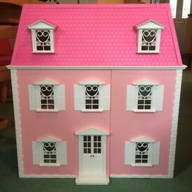 Hello Kitty Dolls House