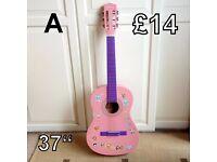 Acoustic Guitar (A) 37 ins