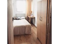 **great deal just came across** live in very BRIGHT room, AMAZING VIEW 10th floor!!! CANARY WHARF