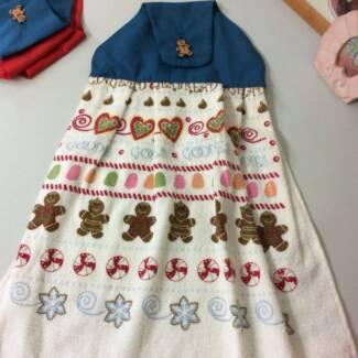 Xmas Hanging Hand Towel - Gingerbread Men- NEW
