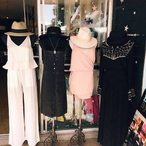 BEACHFRONT RETAIL CLOTHING SHOP FOR SALE Kingscliff Tweed Heads Area Preview