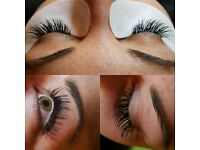 Semi-Permanent Eyelash Extensions Only £35 including FREE Eyebrow Shape