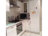 Moore White Gloss kitchen Wall & Base units