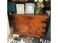 Large antique Victorian wooden chest/trunk