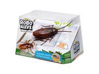 Zuru Robo Alive Crawling Cockroach, Brand New, Unopened