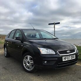 Ford Focus 1.6 Ghia 5 Door