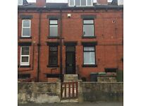 Beautiful 2 Bedroom House Available To Rent