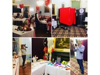 Photo Booth, Selfie Mirror Booth, Professional Photographer in South West UK, Wiltshire, Somerset