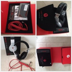 Beats By Dre – BeatsPro Headphones Tapping Wanneroo Area Preview