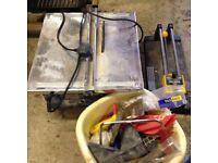 Tile cutting box